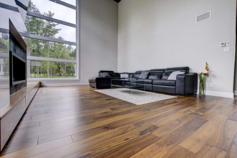Installation d'un plancher de bois